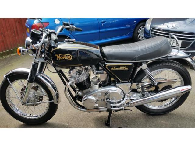 Commando Roadster 850 1973