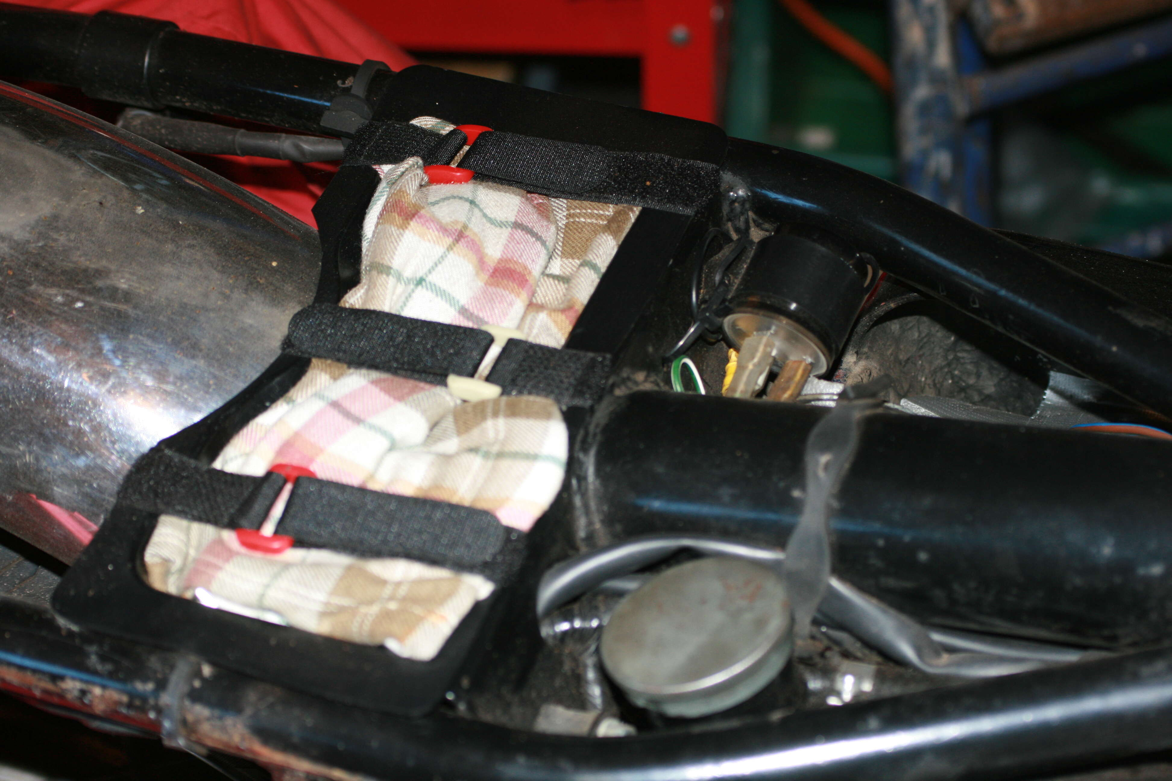 Tool tray in situ 1972 Commando Roadster
